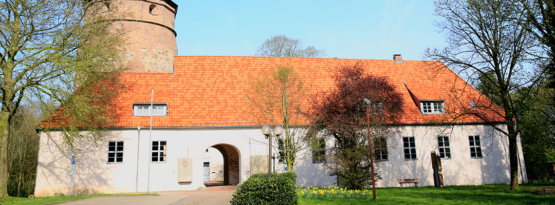 Schloss Diepholz - Ob die auch mal eine Rohrreinigung für Ihr Wassersystem brauchen?